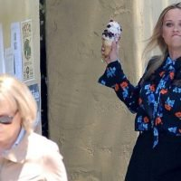 Gasp! Reese Witherspoon Hurls an Ice Cream Cone at Meryl Streep