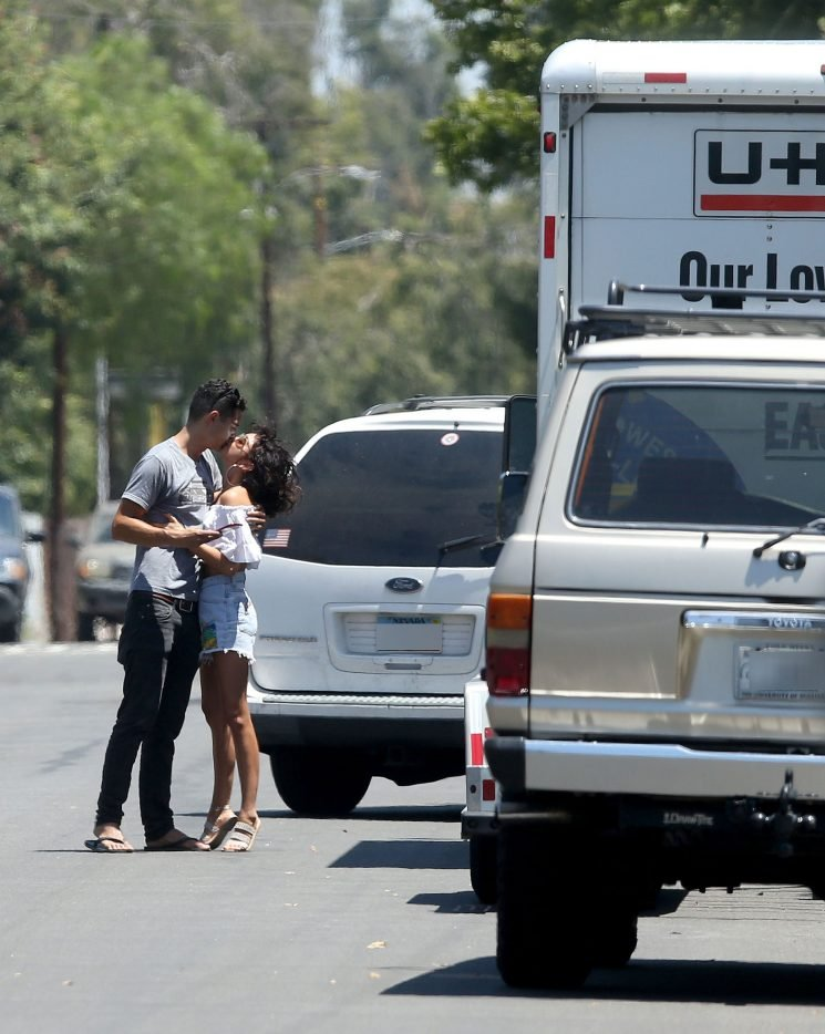 Sarah Hyland and Wells Adams Officially Move Into Together as He Drives Across Country to L.A.