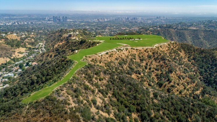 You Can Now Buy Your Own Mountain in Beverly Hills — If You Have a Spare $1 Billion!