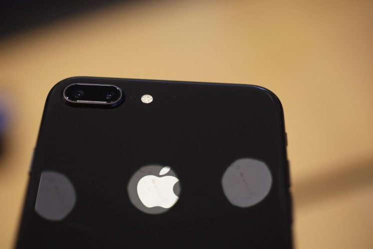 Leak shows Apple's upcoming 6.1-inch iPhone