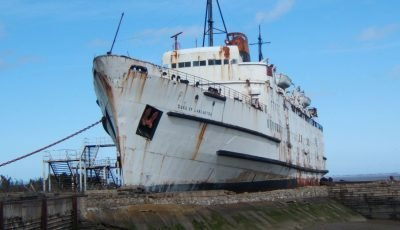 Abandoned ship turned into 'zombie experience' – where you must stop the virus