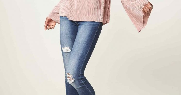 These Top-Rated Distressed Skinny Jeans Are Only $64