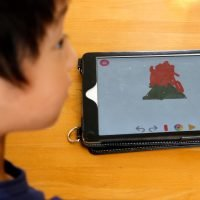 Preschoolers in Japan using tablets instead of crayons