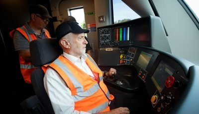PETER OBORNE: Jeremy Corbyn needs to change track soon