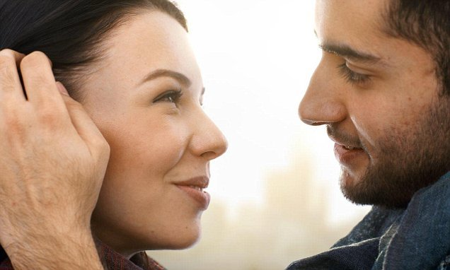 Hormones released when women are most fertile smell better to men