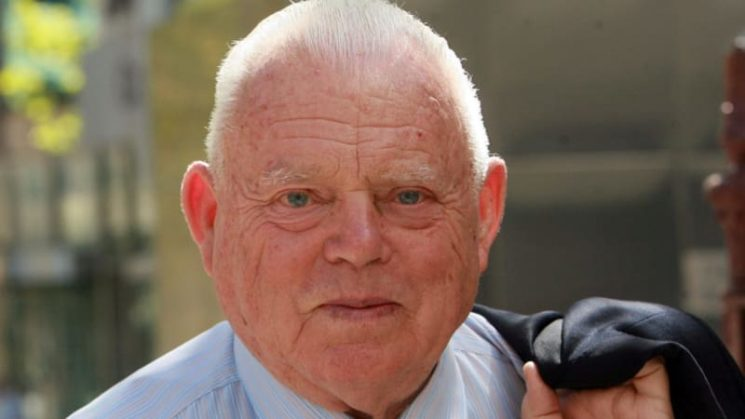 Bob Jane dies aged 88: Family pays tribute to former race car driver and businessman