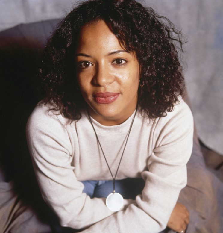 Lauren Velez Broke The Mold On 'New York Undercover' — And Shaped Me As An Afro-Latina Feminist
