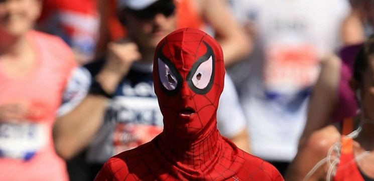 More Than 500 People Dressed As Spider-Man Flooded Stockholm Comic Con And Won A World Record