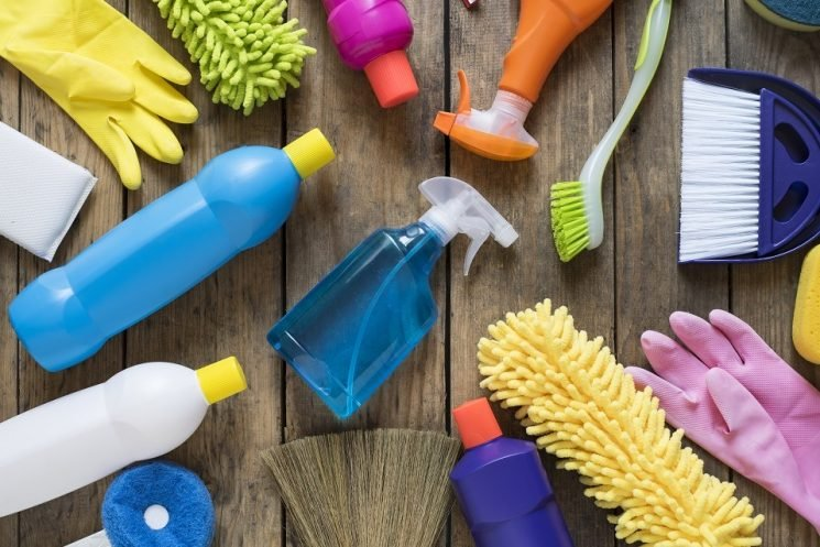 The Absolute Worst Cleaning Products for Your Health – The Cheat Sheet