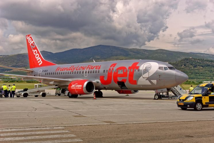 Brit tourist dies after Jet2 flight from Manchester to Ibiza diverted to Toulouse