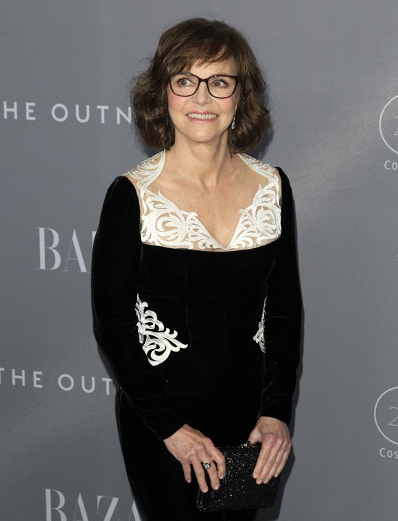 Sally Field Opens Up About Sexual Abuse, Her Secret Abortion, & 'Complicated' Burt Reynolds R