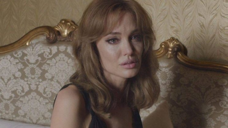 Angelina Jolie to Star in Period Drama 'The Kept'