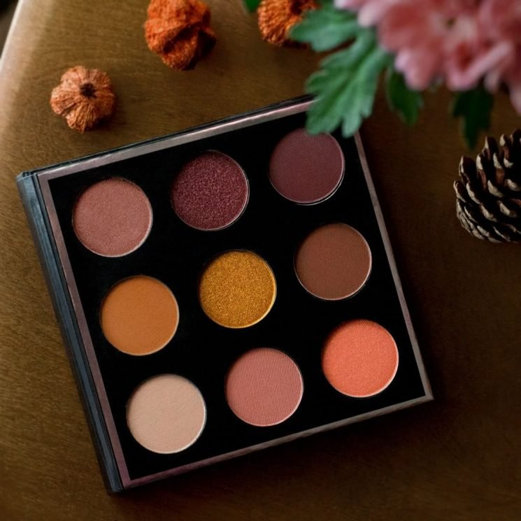 A Pumpkin Spice Palette Exists & It Is PERFECT For Fall