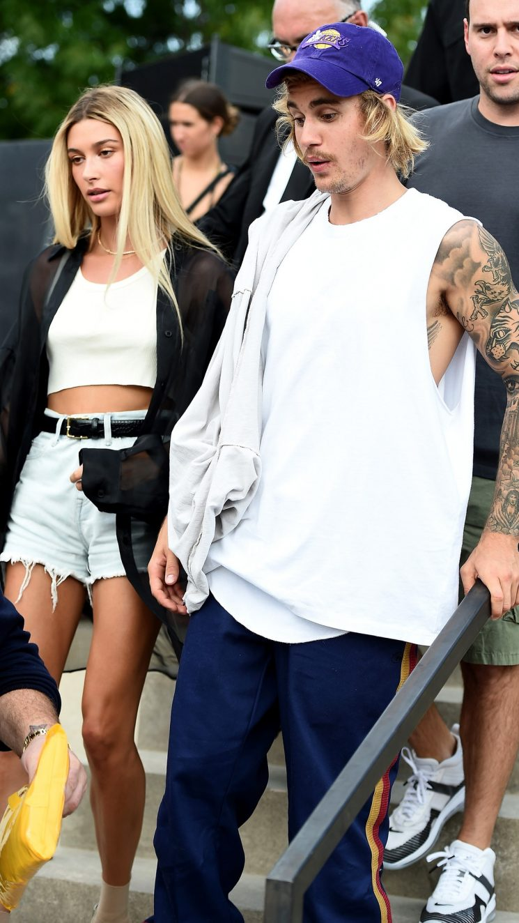 Alec Baldwin Gave Hailey & Justin Bieber Relationship Advice, Like Any Uncle Would
