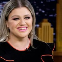 Kelly Clarkson Daytime Talk Show Set For Fall 2019 Launch On NBC!
