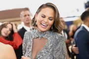 Chrissy Teigen Just Wore Her Unreleased Makeup Products On The Red Carpet & No One Even Noticed