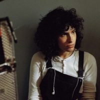 'The Bisexual': First Trailer For Desiree Akhavan's Channel 4 & Hulu Comedy