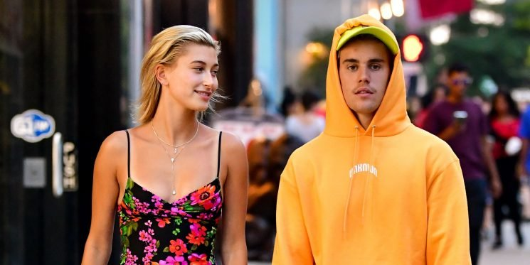 Hailey Baldwin Doesn't Have a Wedding Dress Yet