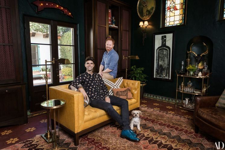 Jesse Tyler Ferguson's Home Has a NSFW Presidential Portrait and a Surprise for His Future Kids