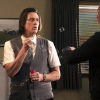 'Shameless' Ratings Slip in Season 9 Premiere, 'Kidding' Gets Solid Start in Showtime Debut