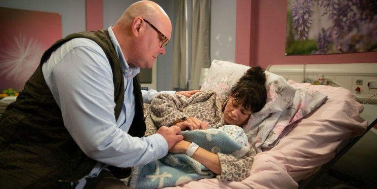 Emmerdale lines up an experimental episode after Chas Dingle gives birth