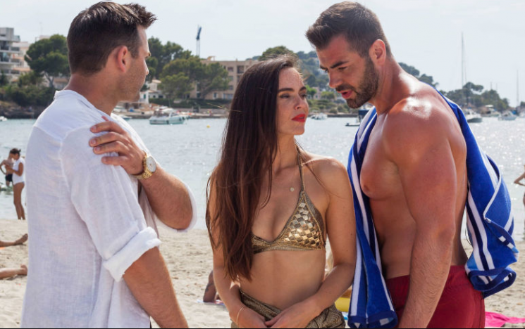 Hollyoaks Jennifer Metcalfe reveals Mercedes McQueen will be tempted by Sylver as Russ tries to win her back with the pub