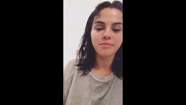 Selena Gomez Goes Totally Makeup Free & Offers Her Dress To Any Fan That Messages Her — Watch