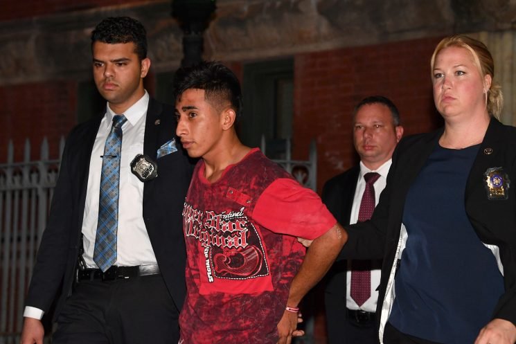 Alleged MS-13 member raped 11-year-old with brother in the room: prosecutors