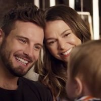 Younger Boss: Josh Remains a 'Real, Viable' Option for Liza in Season 6