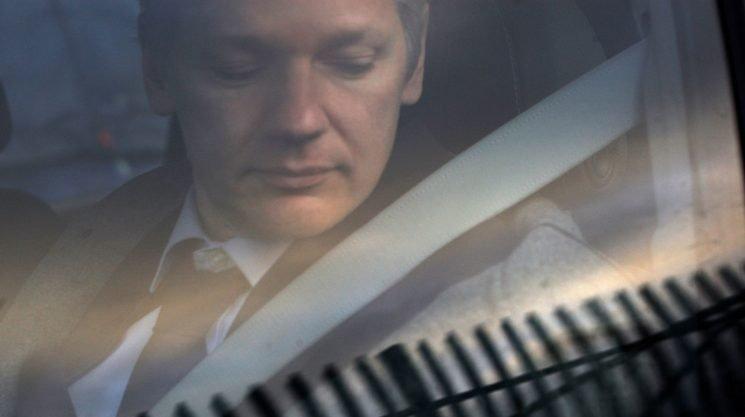 New leak reveals that Julian Assange sought Russian visa in 2010