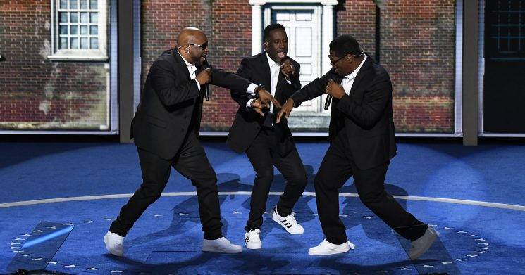 Boyz II Men sets Twitter on fire with 'sexy,' 'can't kneel' NFL national anthem