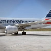 American Airlines pilot orders 40 pizzas for stranded Wichita Falls passengers