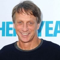 'She doesn't recognize me': Tony Hawk talks about his mom's Alzheimer's