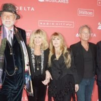 Fleetwood Mac Ready to Be Up Against Lindsey Buckingham in Court