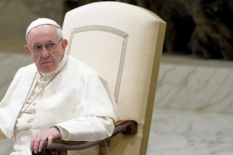 Pope's popularity drops in US over handling of sex abuse scandals