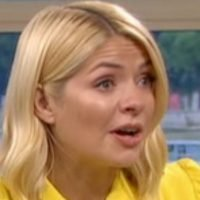 Holly Willoughby reduced to tears at Denise Robertson's heartbreaking tribute