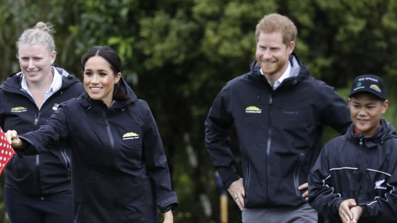 Meghan tosses Harry out in gumboot tussle