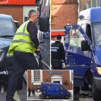 G4S worker locks himself inside own van by mistake outside Barclays