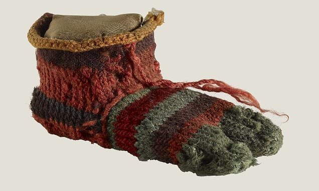 Colorful stripy socks reveal ancient Egyptians were fashionable