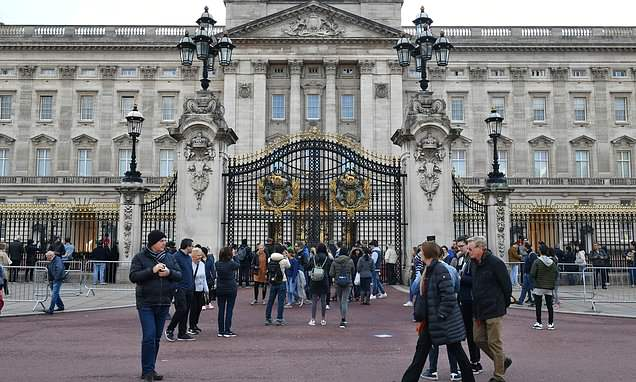 Queen will be forced to leave Buckingham Palace room aged 99 for works