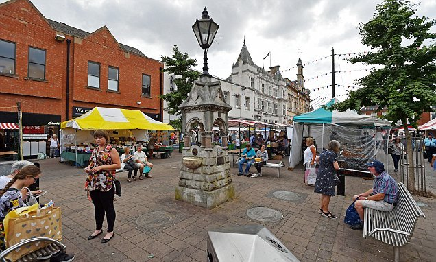 Buying a market town property costs whopping £41,633 more