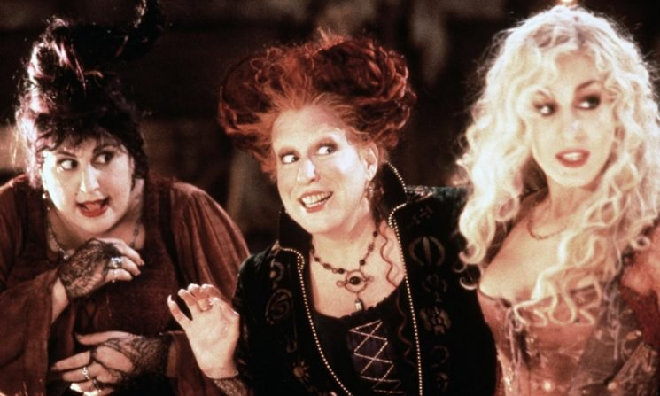 This 'Hocus Pocus' Reunion Photo Features All Your Favorite Kids From The '90s Classic