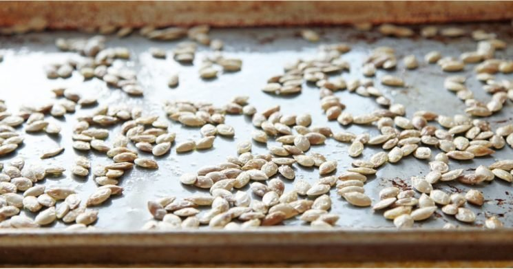 The Best Way to Roast Pumpkin Seeds