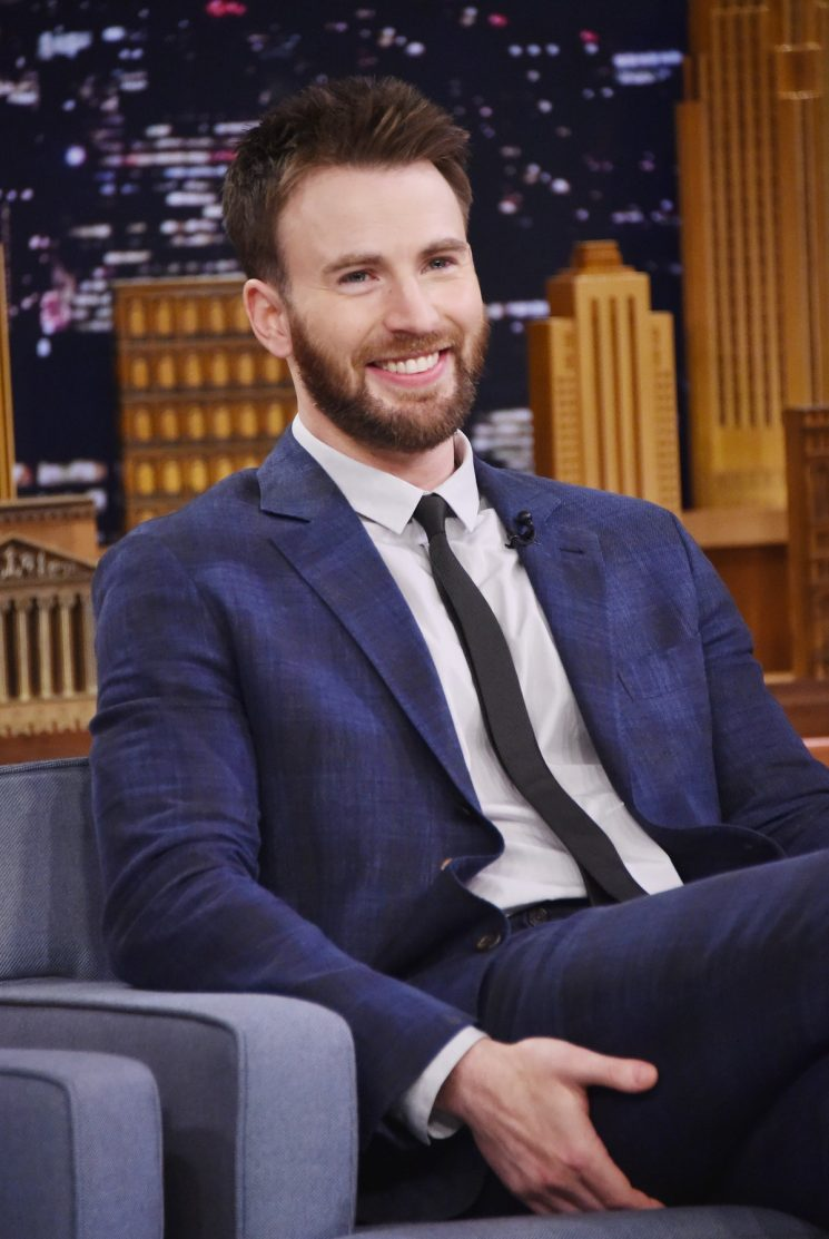 Chris Evans' Tweet About Ending His 'Captain America' Role Is So, So Emotional