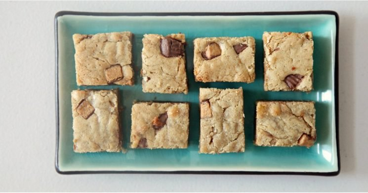 Reese's Peanut Butter Cup Blondies— Enough Said