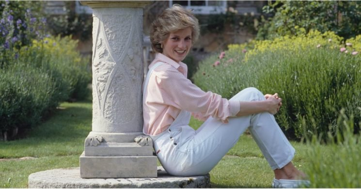 12 Times Princess Diana Royally Schooled Us in How to Style Denim
