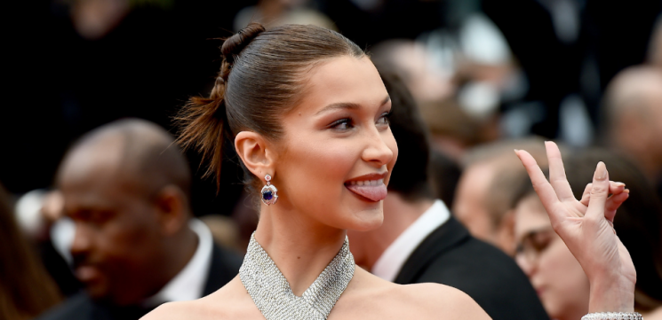 Supermodel Bella Hadid Posts Rare Bare-Faced Selfie And She Looks Gorgeous
