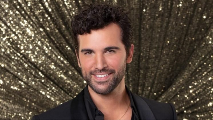 Is Juan Pablo di Pace on DWTS married?