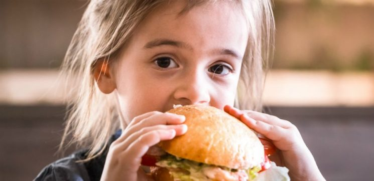 Despite Fast Food Chains Offering Healthier Kids Meals, Parents Aren't Buying Them