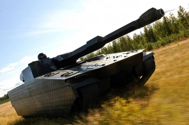 US to unleash remote-controlled Terminator tanks with 'invisibility' cloaking